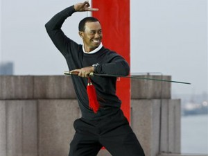tiger-woods-golf-sword-shanghai-ninja
